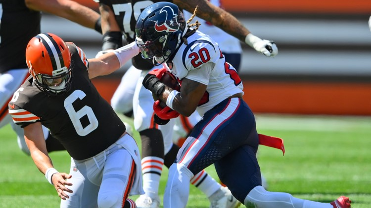 Texans suffer key injuries in 31-21 loss to Cleveland