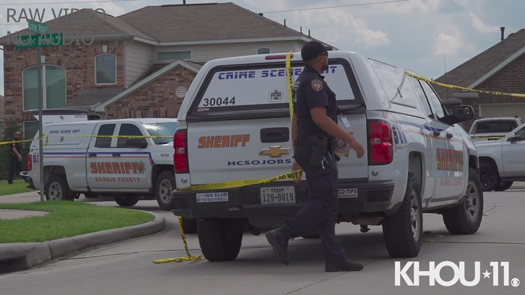 Raw video: Man shot to death in Humble