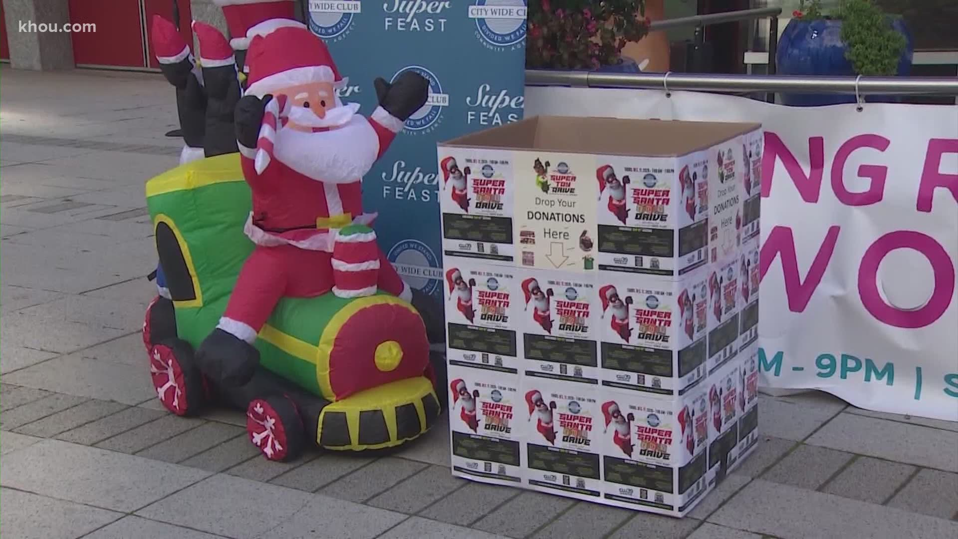 2021 Annual Christmas Toy Giveaway Covinton Ga 50 Cent Makes Surprise Toy Donation Ahead Of Houston Super Feast Khou Com