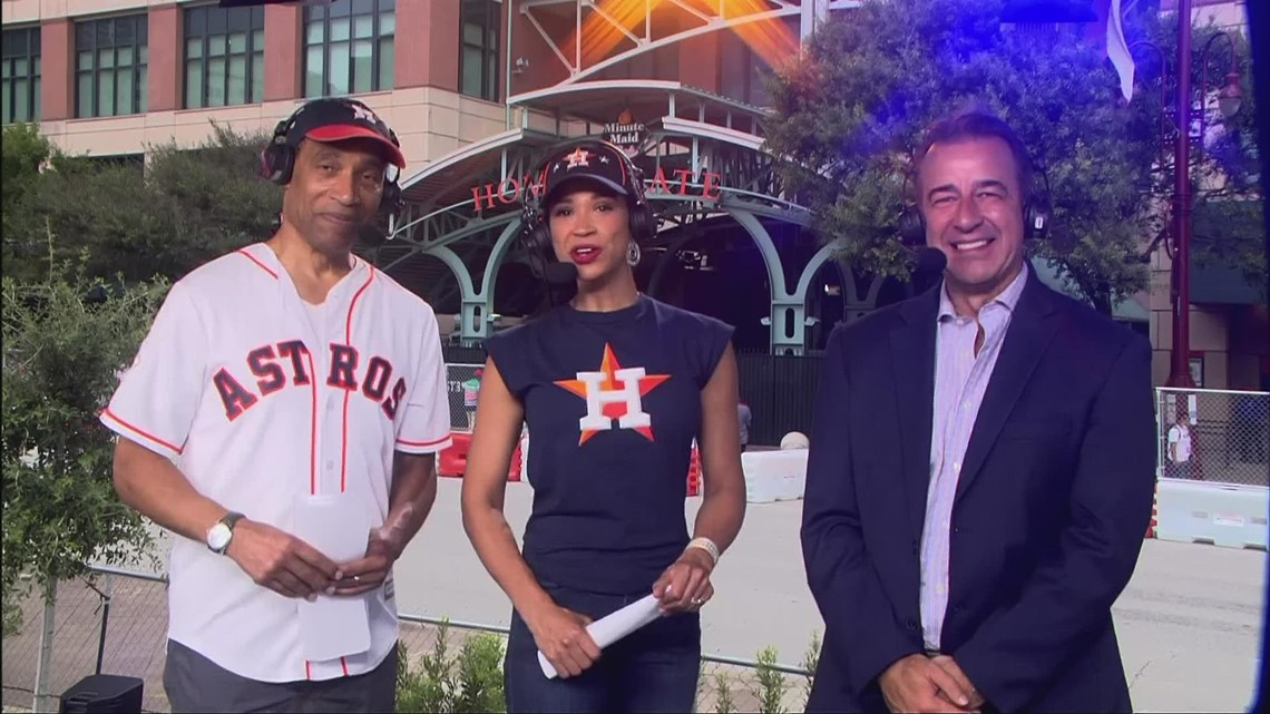 Astros play-by-play announcer Todd Kalas on Game 1 of World Series