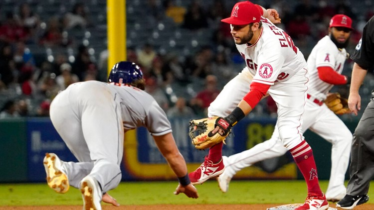 Angels snap six-game losing streak with 3-2 victory over the Astros