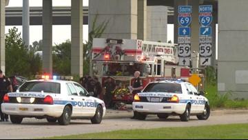 HPD: Man dead after losing control of car and crashing into concrete bridge pillar
