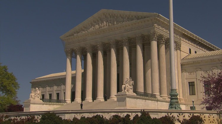 Supreme Court doesn't block Texas abortion law, sets hearing for November