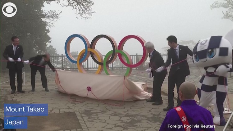 Statues of Olympic rings, Games mascots unveiled