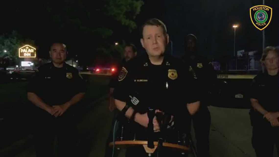 Raw: Man accused of killing 2 at motel is also killed during shootout   Houston police statement