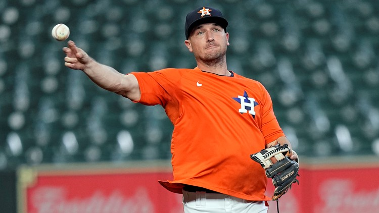 Alex Bregman, out since June with an injury, returns to Astros