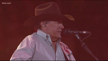 King of Country closes out his 30th performance at Houston rodeo