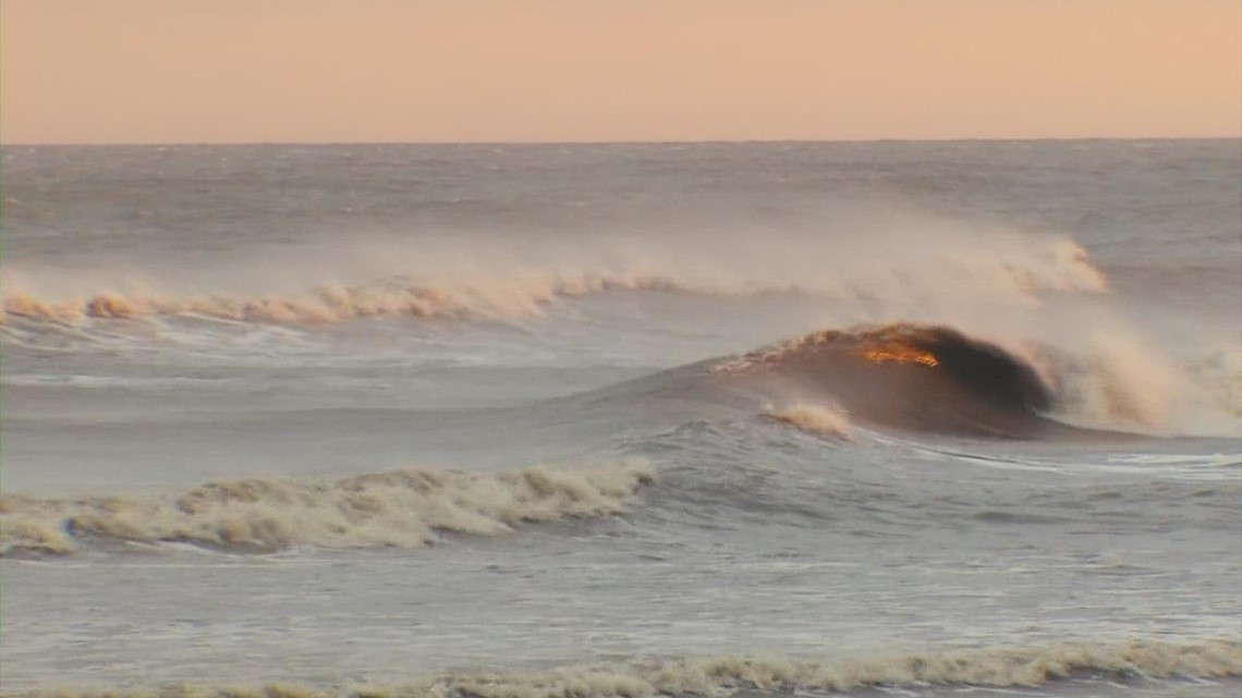 Moment of Zen: Relax with the sights and sounds of crashing waves