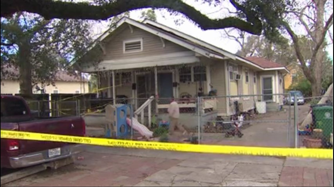 3 suspects dead, another injured after homeowner opens fire during east Houston break-in