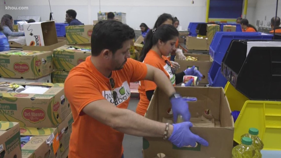 Indian American Council volunteers at Houston Food Bank