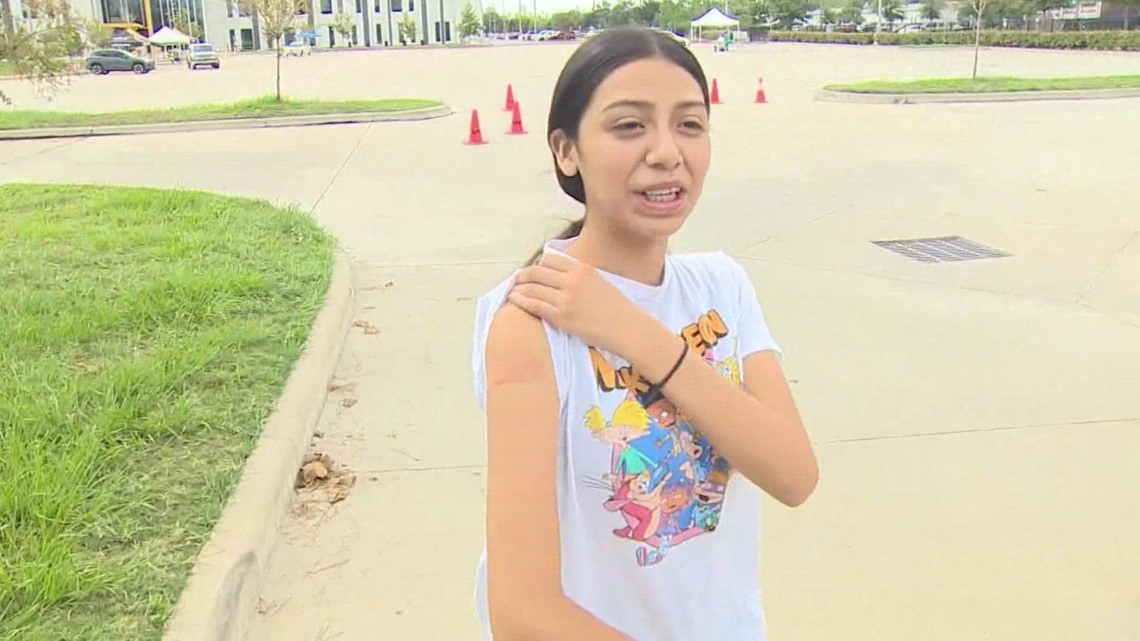 HISD campus hosts COVID vaccination event