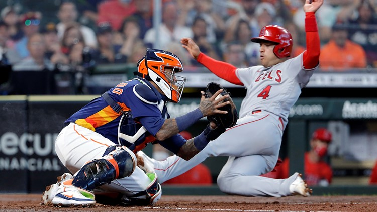 Astros miss chance at 4-game sweep, lose series finale to Angels