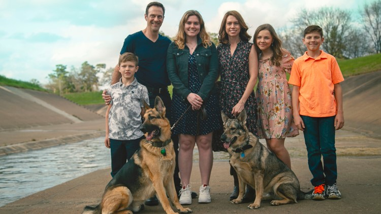 Houston dog walker's business plummets during pandemic, but one family stepped in for their neighbor in need