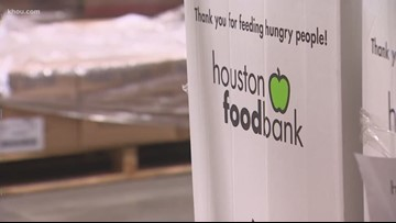 Houston Food Bank lending helping hand to federal employees affected by government shutdown