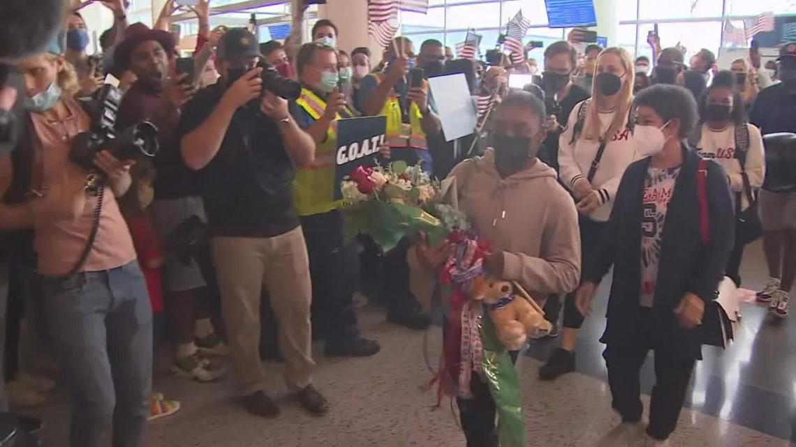 Simone Biles, Jordan Chiles return to hero's welcome at Bush Airport in Houston