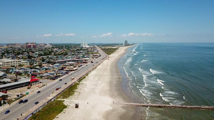 Warning: Galveston beach patrol reports strong rip currents