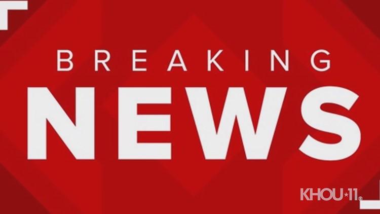 Fatal crash shuts down Southwest Freeway feeder near Crabb River Road in Sugar Land