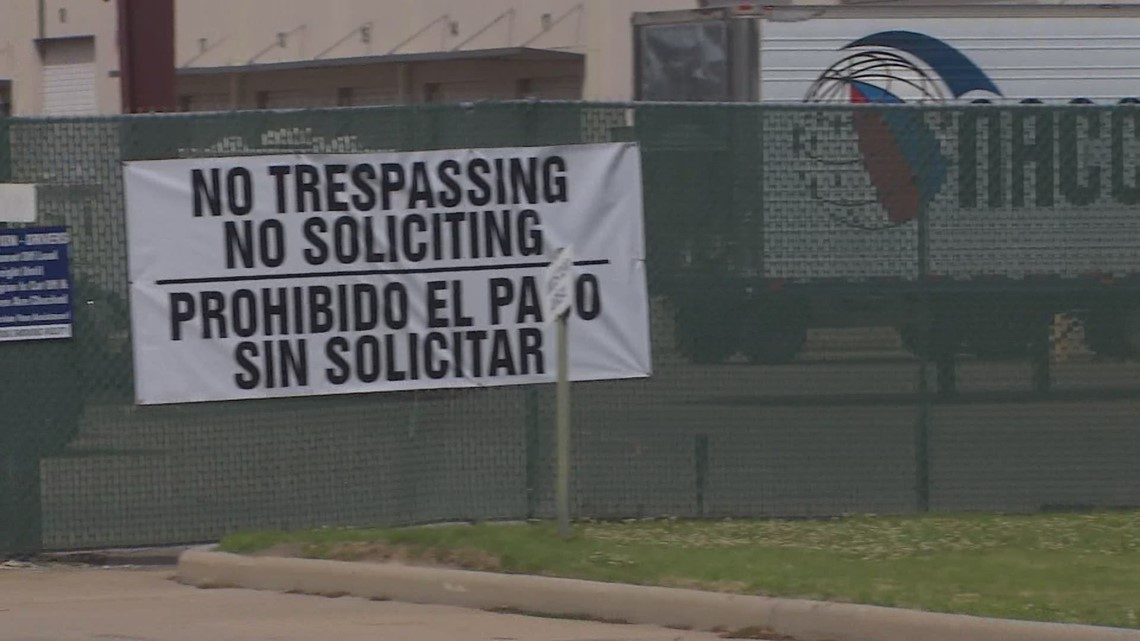 Congresswoman describes conditions inside Houston emergency immigrant site for teen girls