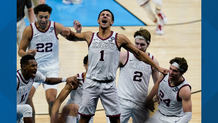 Gonzaga beats UCLA 93-90 with buzzer beater to advance to finals