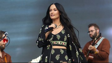 Kacey Musgraves does her best with her pre-Lizzo set time