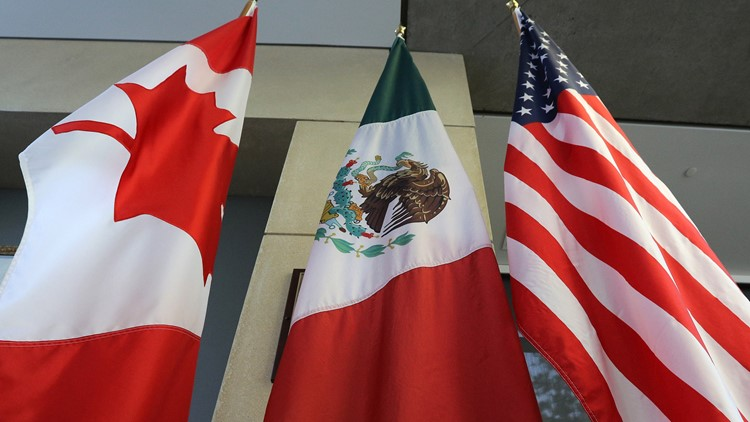 U.S., Mexico reach NAFTA deal; talks with Canada to start immediately