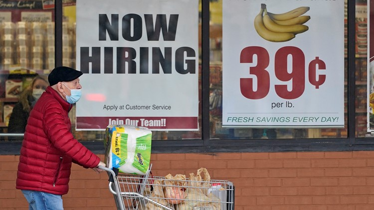 US jobless claims drop to 473,000, a new pandemic low