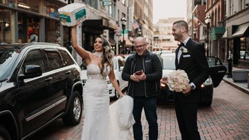 Best.Gift.Ever. Stranger gives newlyweds toilet paper at photoshoot