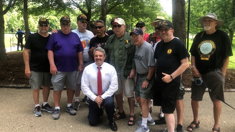 Vietnam Veterans from Chicago gather in DC for Memorial Day